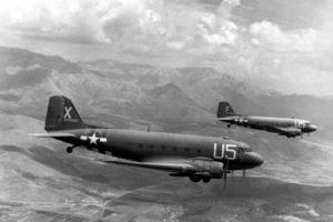 Douglas C-47ler güney Fransa semalarında