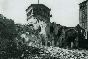 1943'te Bombalanmış Sant'Ambrogio
